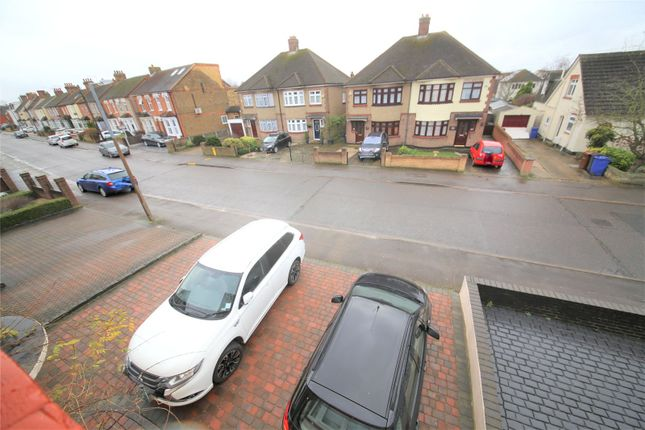 Picture No. 14 of Scratton Road, Stanford-Le-Hope, Essex SS17