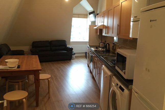 Thumbnail Flat to rent in Royal York Crescent, Bristol