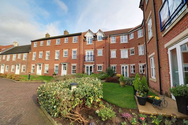 Thumbnail Flat for sale in Bigby Street, Brigg