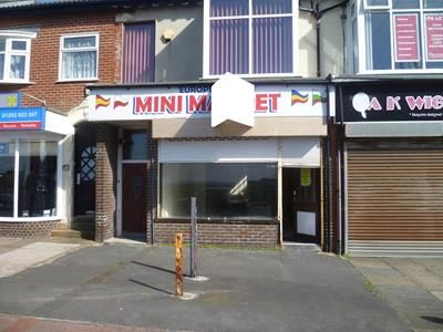 Retail premises to let in 239 Dickson Road, Blackpool