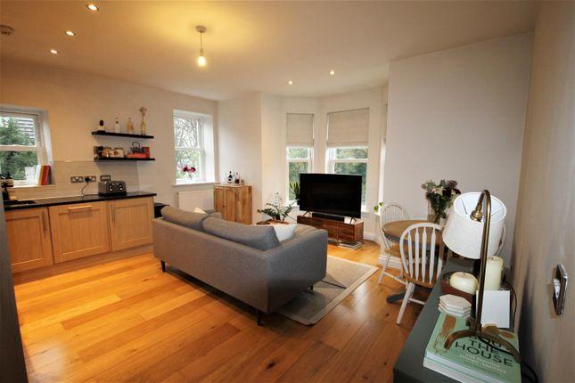 Living Area of Brentwood Court, Sandwich Road, Ellesmere Park M30