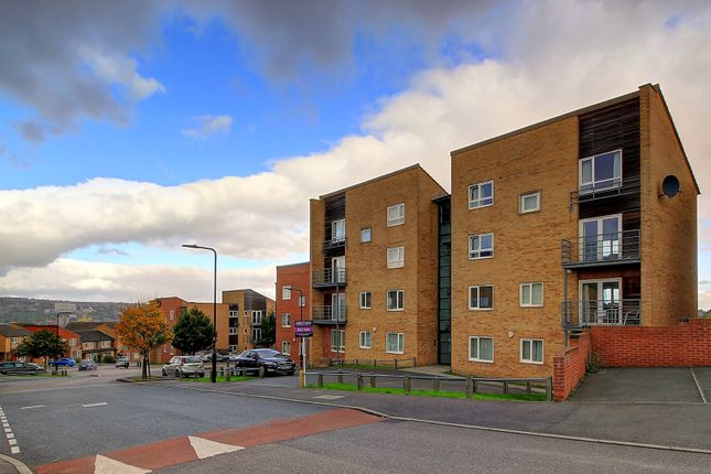 Thumbnail Flat for sale in Park Grange Mount, Sheffield