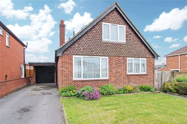 Thumbnail Bungalow for sale in North East Road, Southampton, Hampshire