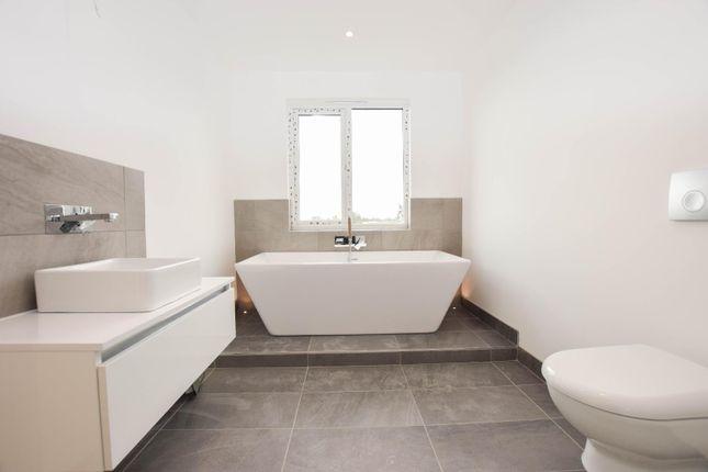Master Bathroom of Battery Hill, Fairlight, Hastings TN35
