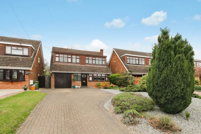 Thumbnail Detached house for sale in Gardiners Lane North, Crays Hill, Billericay