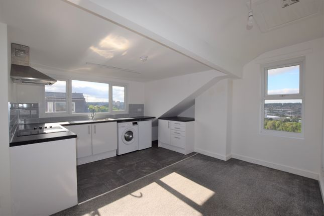 1 bed flat to rent in Marley Place, Beeston, Leeds LS11