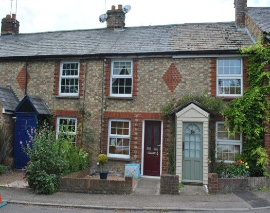 Thumbnail Cottage to rent in Stanbridge Road, Tilsworth, Leighton Buzzard