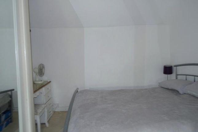 Dsc05912 of High Street, Pavenham, Bedford MK43