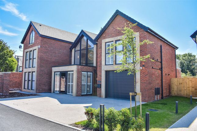 Thumbnail Detached house for sale in Edgewater Oaks, Preston