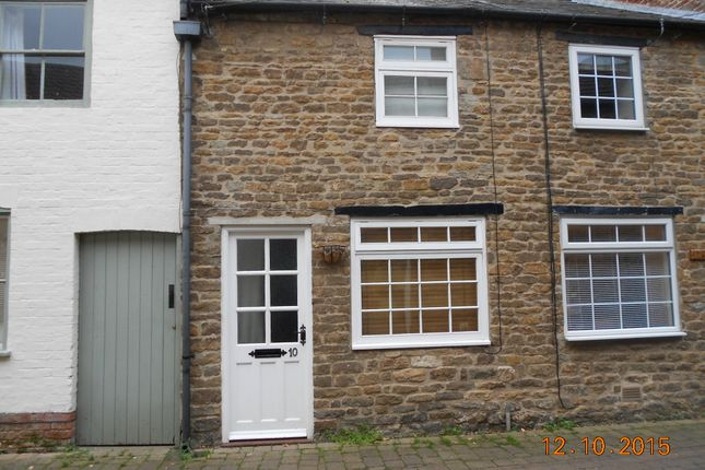 Thumbnail Cottage to rent in Dean's Street, Oakham