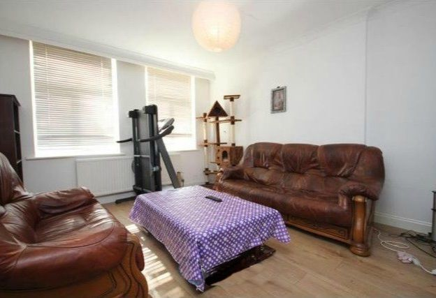Thumbnail Flat to rent in Carlisle Court, East Acton