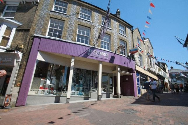 Thumbnail Flat to rent in Shooters Hill, Cowes
