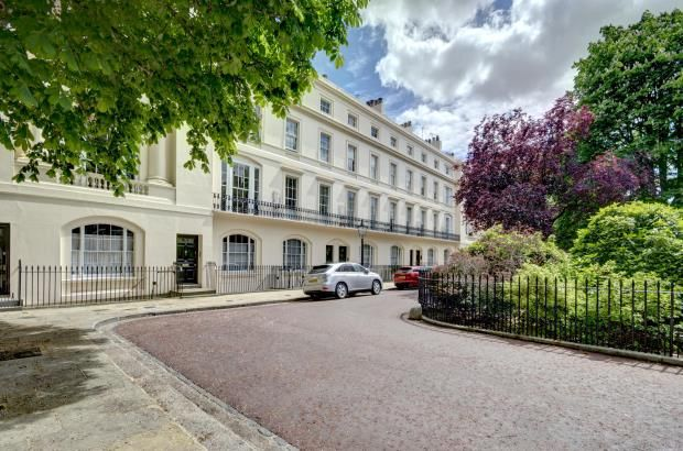 5 bed terraced house for sale in Kent Terrace, Regents Park, London