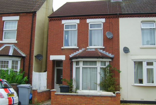 2 bed semi-detached house to rent in Nichols Street, Desborough NN14