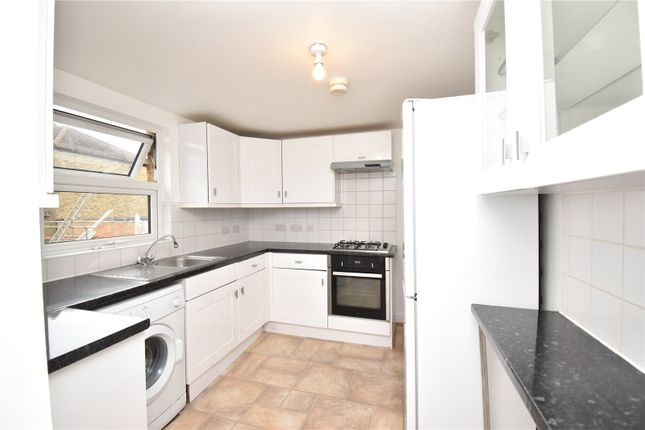 Thumbnail Flat to rent in Lordship Lane, Wood Green, London