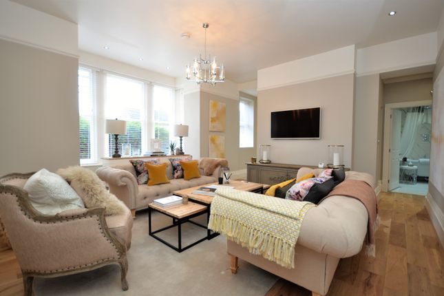 Thumbnail Flat for sale in Hazelmere House, Welholme Avenue, Grimsby, N E Lincolnshire