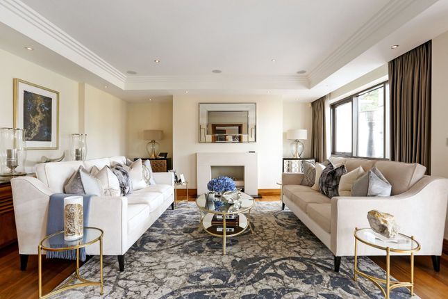 Thumbnail Flat to rent in Charters Garden House, Charters Road, Ascot, Berkshire