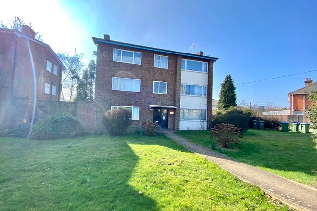 1 bed flat to rent in Thornhill Park Road, Southampton SO18