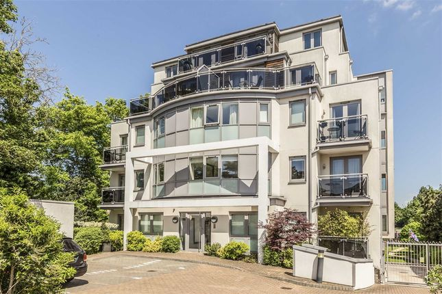 Thumbnail Flat to rent in Twickenham Road, Teddington