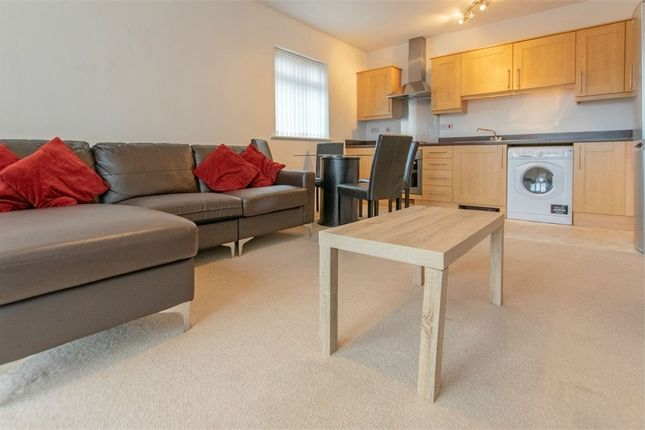 2 bed flat to rent in Wyncliffe Gardens, Cardiff, South Glamorgan CF23