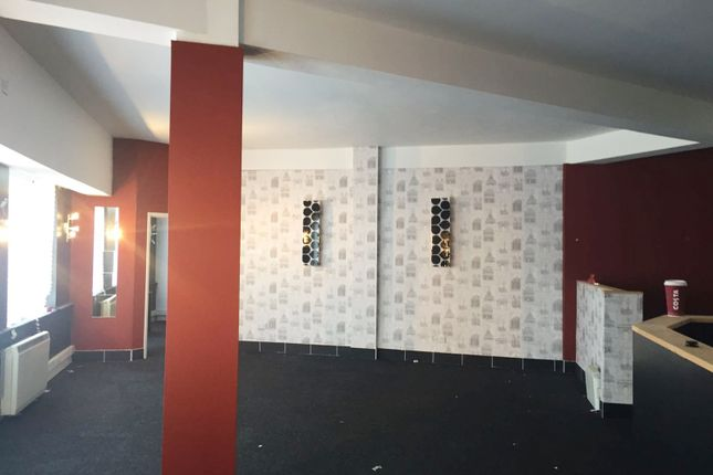 Thumbnail Flat for sale in Piccadilly, Hanley