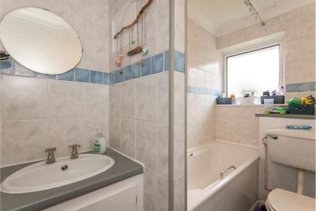 Bathroom of Boyatt Wood, Eastleigh, Hampshire SO50