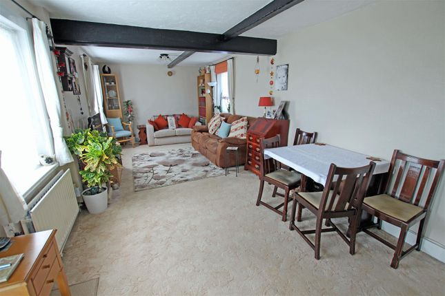 Thumbnail Cottage for sale in Wannock Lane, Willingdon, Eastbourne