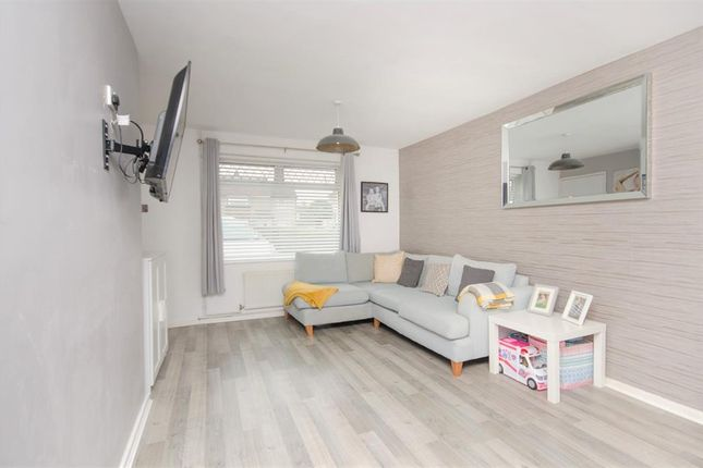 Living Area of Earlstone Crescent, Longwell Green, Bristol BS30