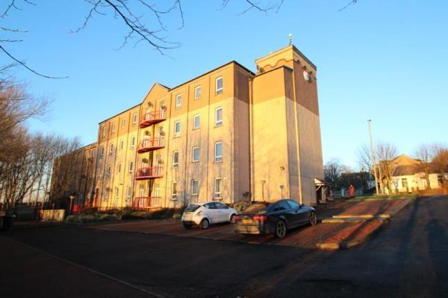 Thumbnail Flat for sale in Dakala Court, Wishaw, North Lanarkshire