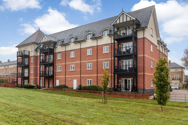 Thumbnail Flat for sale in Milan Walk, Brentwood