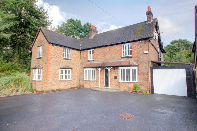 Thumbnail Detached house for sale in Natts Lane, Billingshurst