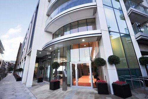 Thumbnail Flat to rent in Altitude Point, Alie Street, London E1, London,