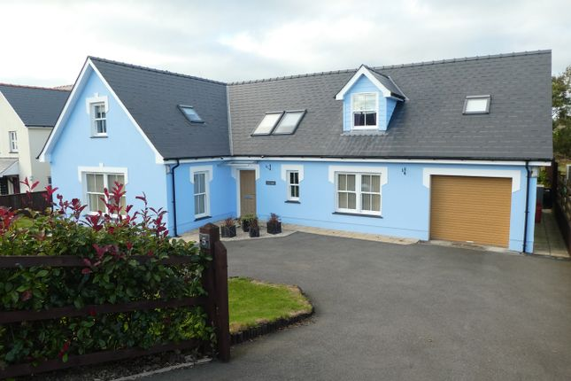 Thumbnail Detached bungalow for sale in 5 Swn Yr Efail, Pennant, Llanon