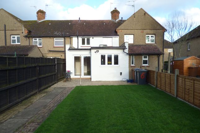Thumbnail Terraced house for sale in Bridgefoot, Buntingford