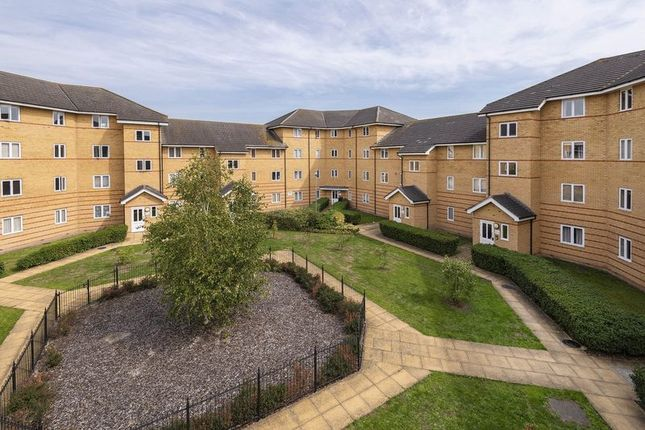 Thumbnail Flat for sale in Stanley Close, London
