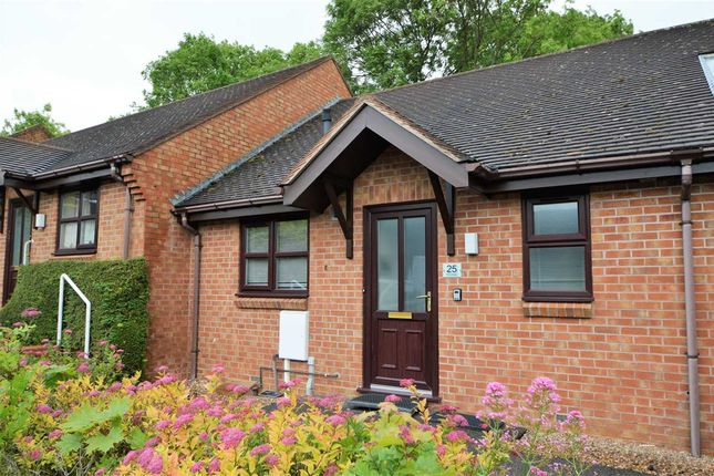 Thumbnail Bungalow to rent in Woodleigh, Bunny Lane, Keyworth, Nottingham