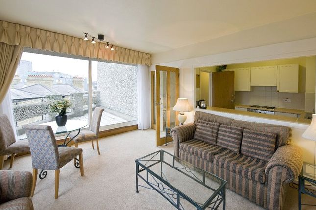 1 bed flat to rent in Luke House, Abbey Orchard Street, Westminster, London