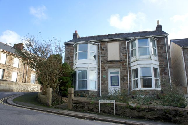 Thumbnail Flat for sale in Heanton Terrace, Redruth