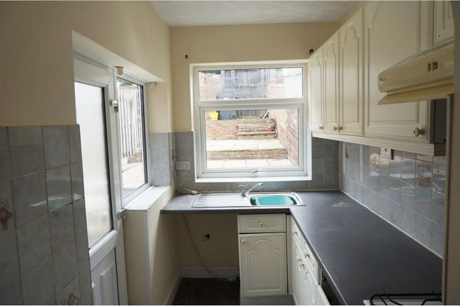 Kitchen of Park Road, Barnsley S70