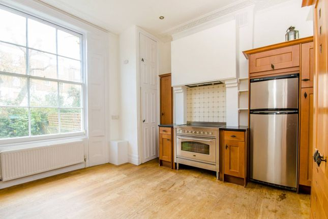 Thumbnail Flat for sale in Hemingford Road, Barnsbury, London