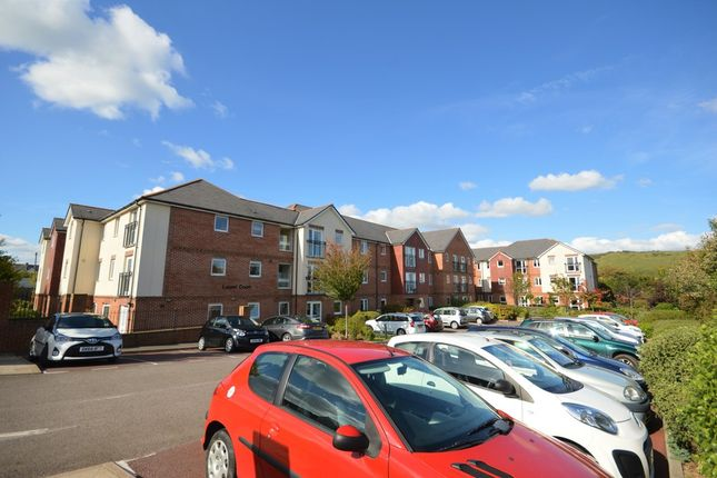 Thumbnail Flat for sale in Stanley Road, Folkestone