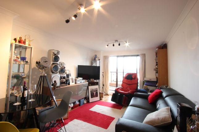 Thumbnail Flat for sale in The Highway, Wapping, London