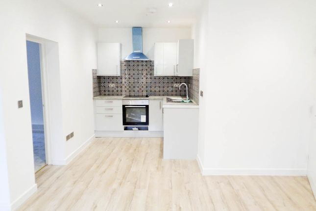 Thumbnail Flat for sale in Amos Hill, Penygraig, Tonypandy