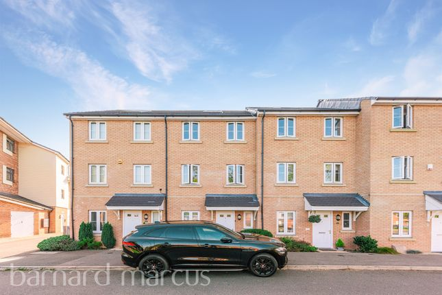Alpine Close, Epsom KT19