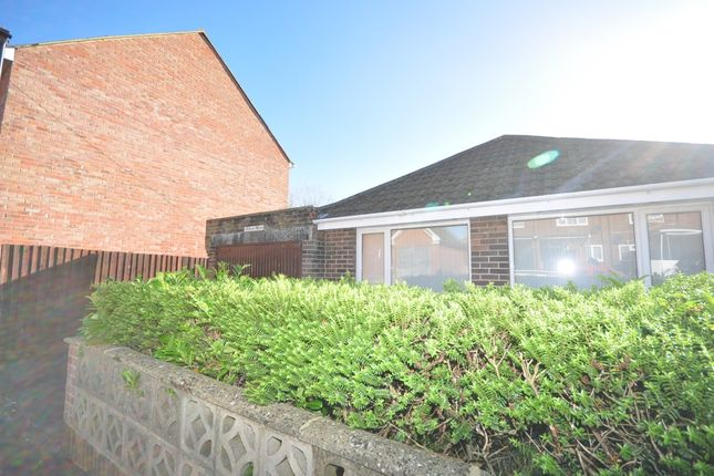 Thumbnail Detached bungalow to rent in Green Street, Newport