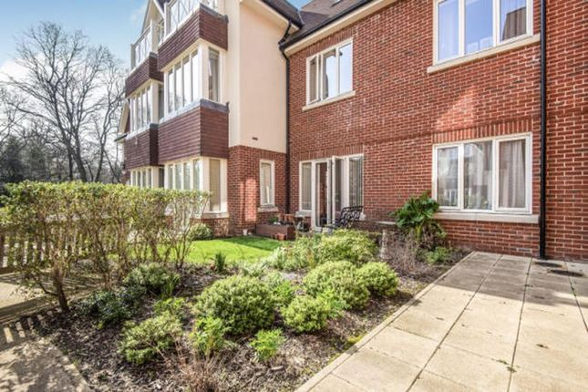 Flat to rent in Hammond Way, Yateley