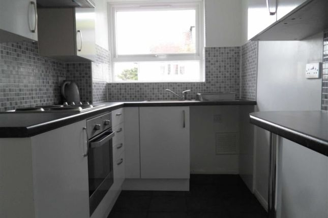 Thumbnail Flat to rent in Beresford Gardens, Cliftonville, Margate