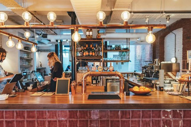 Thumbnail Pub/bar to let in 27 Clerkenwell Road, London