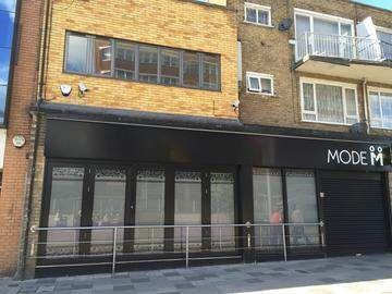Thumbnail Retail premises for sale in Marlowes, Hemel Hempstead