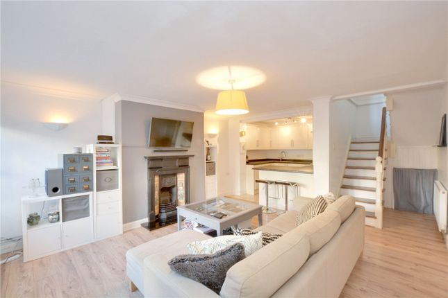 Lounge/Kitchen of Sycamore Court, 81 Blackheath Road, Greenwich, London SE10